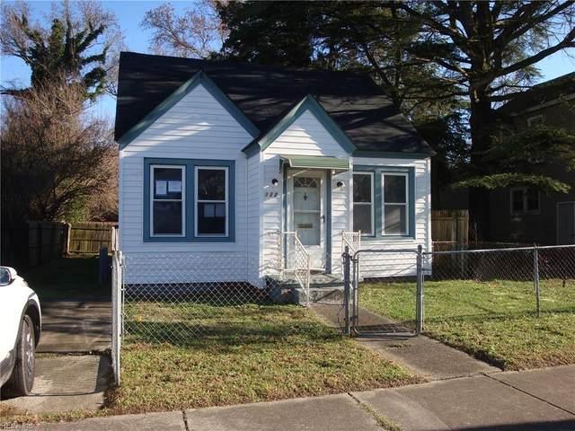 132 Maple Ave, Newport News, VA 23607 (#10356296) :: Berkshire Hathaway HomeServices Towne Realty