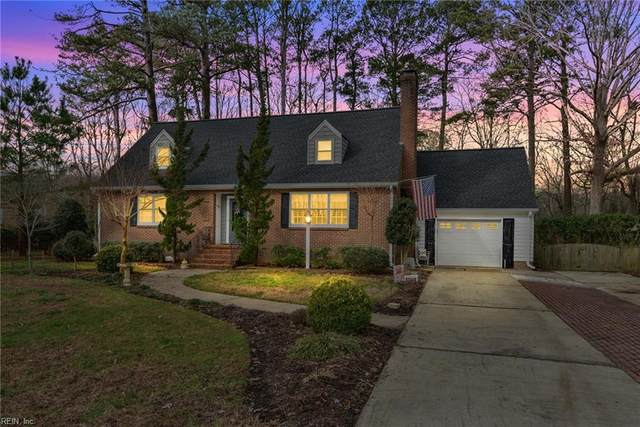 207 Mistletoe Dr, Newport News, VA 23606 (#10356378) :: Avalon Real Estate