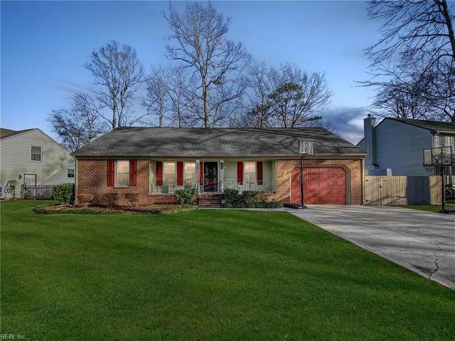 929 Brandermill Dr, Chesapeake, VA 23322 (#10356884) :: Berkshire Hathaway HomeServices Towne Realty