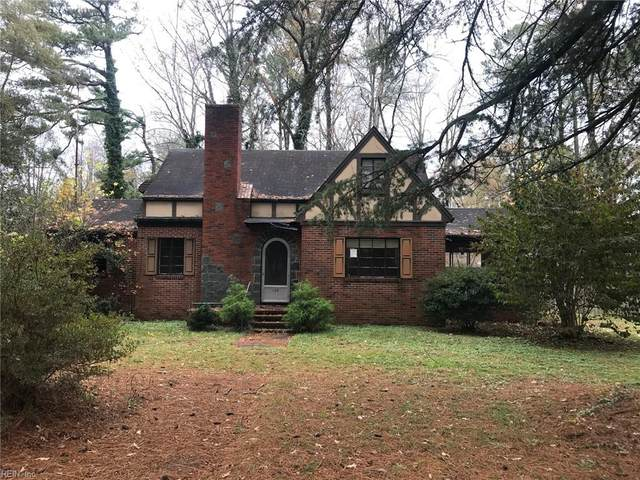 104 E Pinecrest St, Sussex County, VA 23888 (#10356889) :: Atkinson Realty