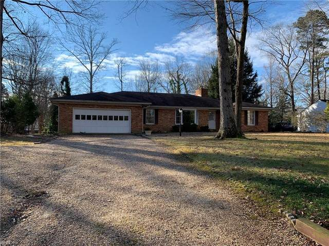 107 Lake Dr, James City County, VA 23185 (#10357332) :: The Kris Weaver Real Estate Team