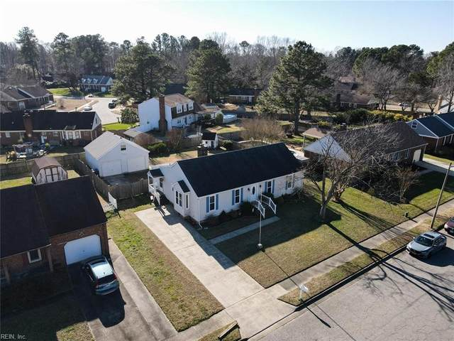 439 Gloria Dr, Chesapeake, VA 23322 (#10357372) :: Crescas Real Estate