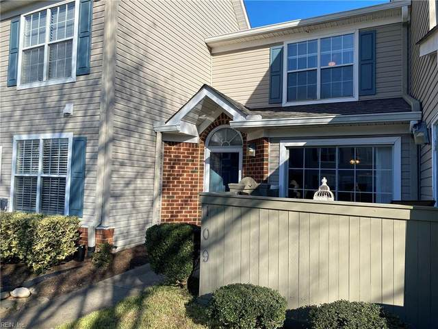 3832 Lasalle Dr #109, Virginia Beach, VA 23453 (#10357610) :: Berkshire Hathaway HomeServices Towne Realty