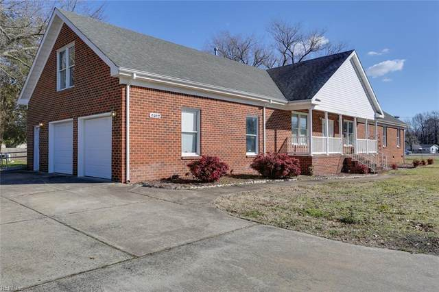 2812 Breeze Ave, Chesapeake, VA 23323 (#10357760) :: Kristie Weaver, REALTOR