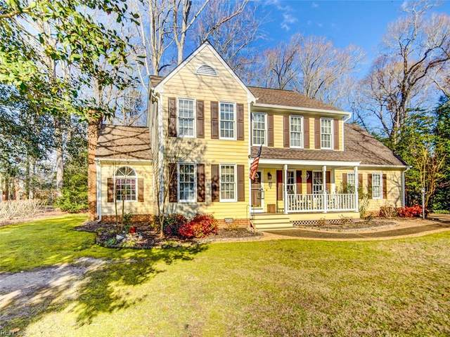 104 Spinnaker Run Ln, Isle of Wight County, VA 23430 (#10358058) :: Atlantic Sotheby's International Realty