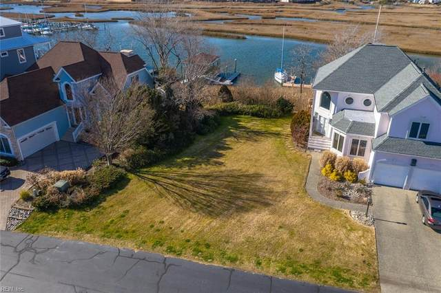 61 Bay Front Pl, Hampton, VA 23664 (#10358130) :: Berkshire Hathaway HomeServices Towne Realty