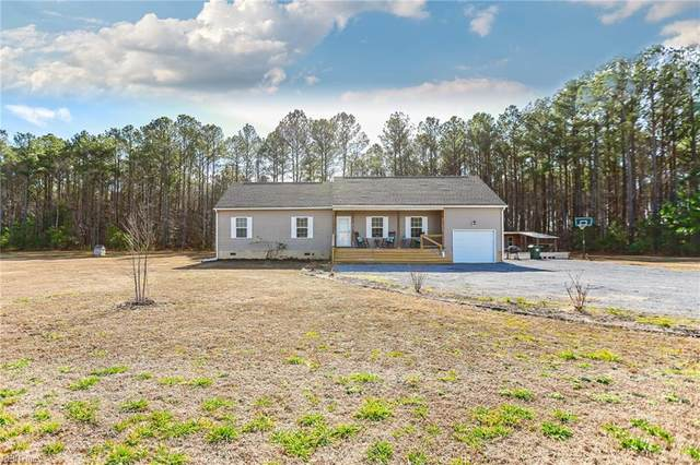 8344 W Blackwater Rd, Isle of Wight County, VA 23487 (#10358754) :: Gold Team VA