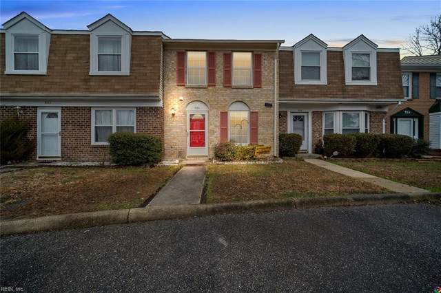 924 Smoke Tree Ln, Virginia Beach, VA 23452 (#10359163) :: Tom Milan Team