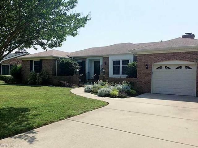 2121 E Kendall Cir, Virginia Beach, VA 23451 (#10359730) :: Crescas Real Estate