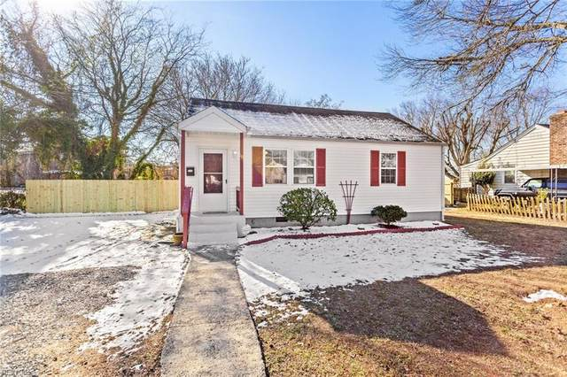 10 E Bayberry Ct, Hampton, VA 23669 (#10359782) :: Tom Milan Team