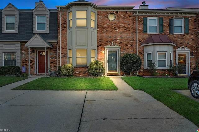 830 Creekside Cres, Chesapeake, VA 23320 (#10360409) :: Berkshire Hathaway HomeServices Towne Realty