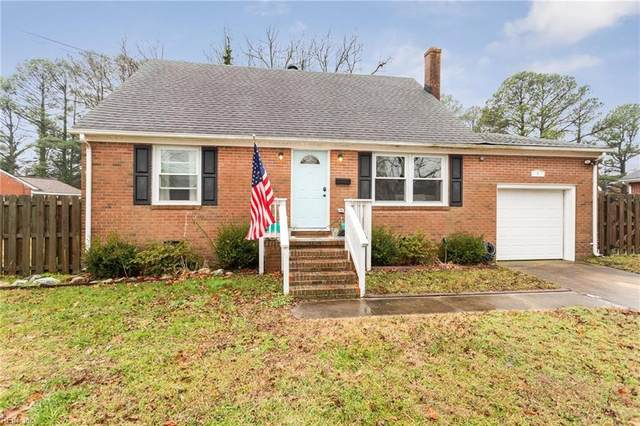 4 Fox Grove Dr, Hampton, VA 23664 (#10361682) :: Kristie Weaver, REALTOR