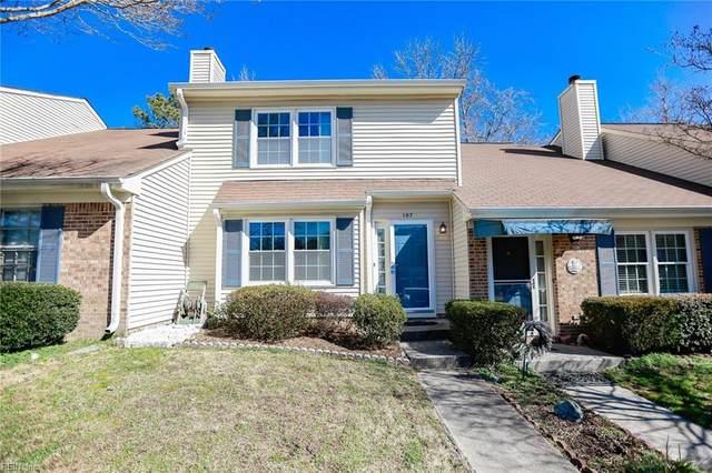 107 Hawthorne Pt, York County, VA 23692 (#10362127) :: The Kris Weaver Real Estate Team