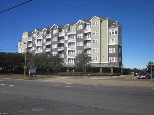 3800 Dupont Cir #402, Virginia Beach, VA 23455 (#10362149) :: Verian Realty