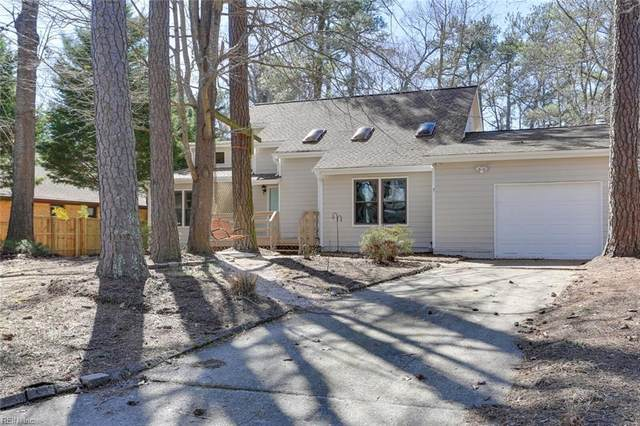 2541 Torrey Pl, Virginia Beach, VA 23454 (#10363179) :: Tom Milan Team