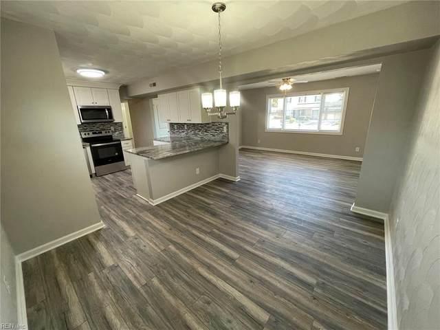 832 Sir Lancelot Dr, Chesapeake, VA 23323 (#10363279) :: Berkshire Hathaway HomeServices Towne Realty