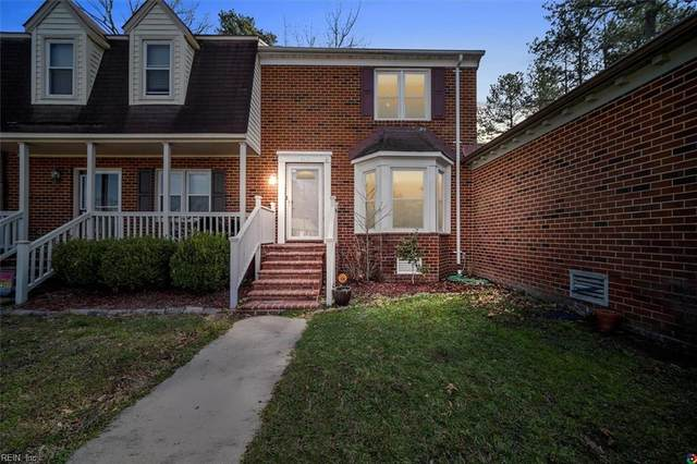 362 Faire Chse, Chesapeake, VA 23322 (MLS #10363656) :: AtCoastal Realty