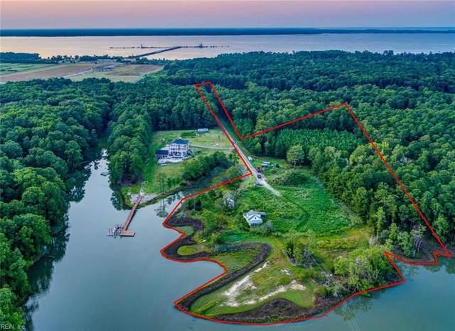 301 Cousins Pt, York County, VA 23692 (#10363779) :: Rocket Real Estate