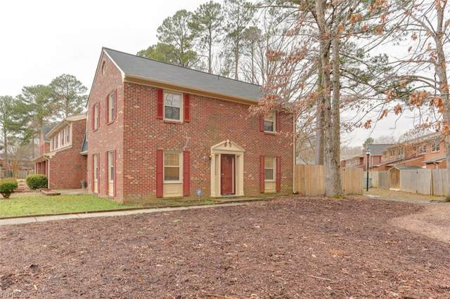 370 Advocate Ct F, Newport News, VA 23608 (#10363786) :: The Bell Tower Real Estate Team