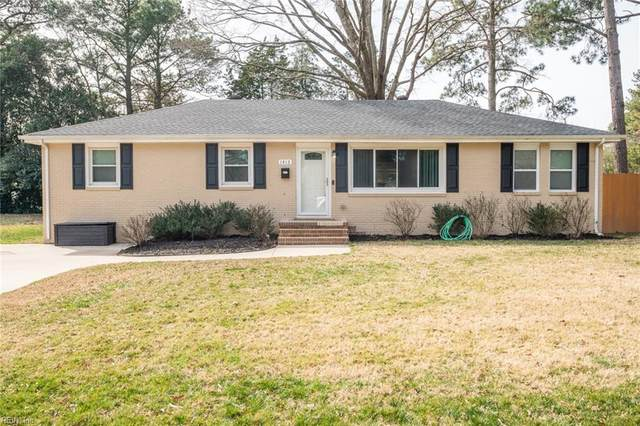 1413 Dermott Ave, Virginia Beach, VA 23455 (#10364206) :: Verian Realty