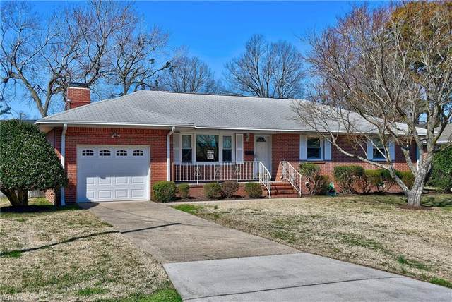 1941 Charla Lee Ln, Virginia Beach, VA 23455 (#10364536) :: Tom Milan Team