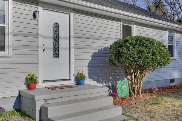 1202 Wilkins Dr, York County, VA 23185 (#10364760) :: Crescas Real Estate