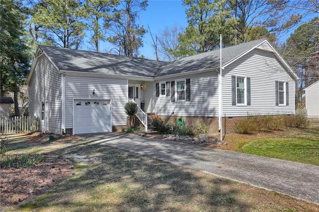14 Evans Grove Rd, Poquoson, VA 23662 (#10364851) :: Berkshire Hathaway HomeServices Towne Realty