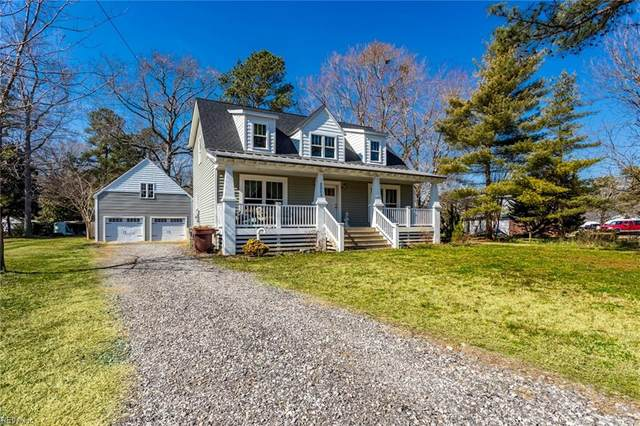 2205 Seaford Rd, York County, VA 23696 (#10365234) :: Berkshire Hathaway HomeServices Towne Realty
