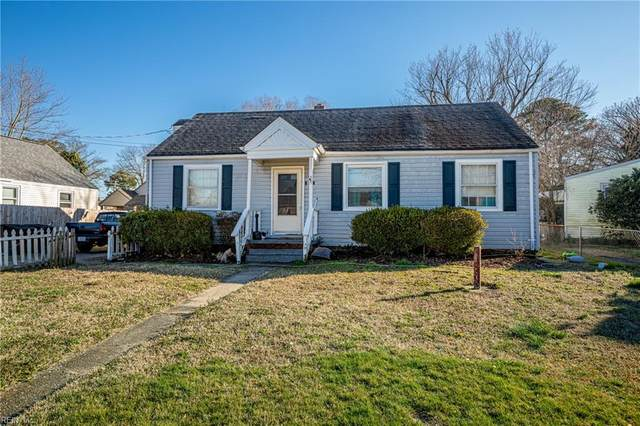 101 Fairview Cir N, Portsmouth, VA 23702 (#10365365) :: Berkshire Hathaway HomeServices Towne Realty
