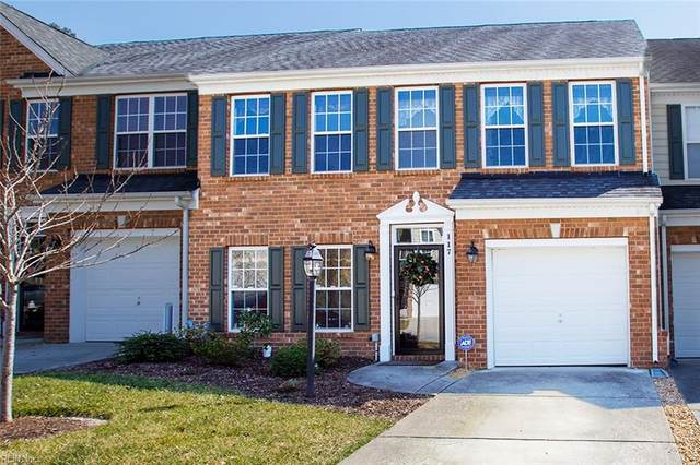 117 Daniels Dr, York County, VA 23690 (#10365721) :: Berkshire Hathaway HomeServices Towne Realty