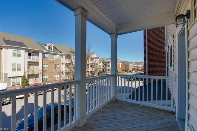 4935 Travertine Ave, Virginia Beach, VA 23462 (#10366445) :: The Bell Tower Real Estate Team