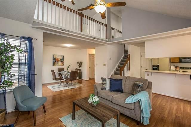 802 Masters Trl, Newport News, VA 23602 (#10366490) :: Berkshire Hathaway HomeServices Towne Realty