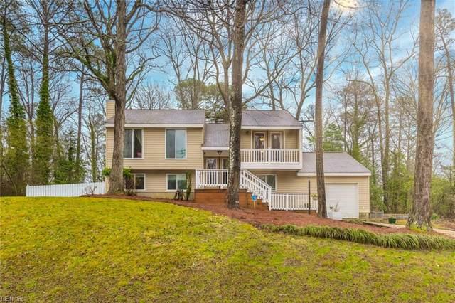 100 Chapel Hill Ln, York County, VA 23188 (#10366514) :: Berkshire Hathaway HomeServices Towne Realty