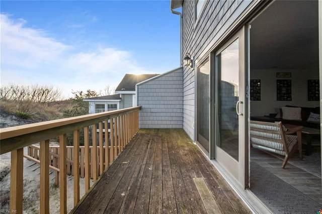 2100 E Ocean View Ave #10, Norfolk, VA 23518 (#10367386) :: The Bell Tower Real Estate Team