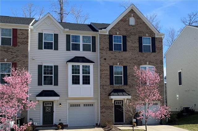 124 Mccormick Pl, York County, VA 23185 (#10367561) :: The Bell Tower Real Estate Team