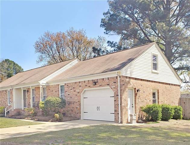 1229 Grenadier Dr, Chesapeake, VA 23322 (#10369833) :: Encompass Real Estate Solutions