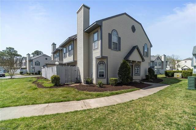 5061 Bardith Cir, Virginia Beach, VA 23455 (#10370422) :: The Bell Tower Real Estate Team