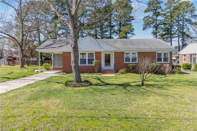 215 Jordan Dr, Isle of Wight County, VA 23430 (#10370781) :: Abbitt Realty Co.