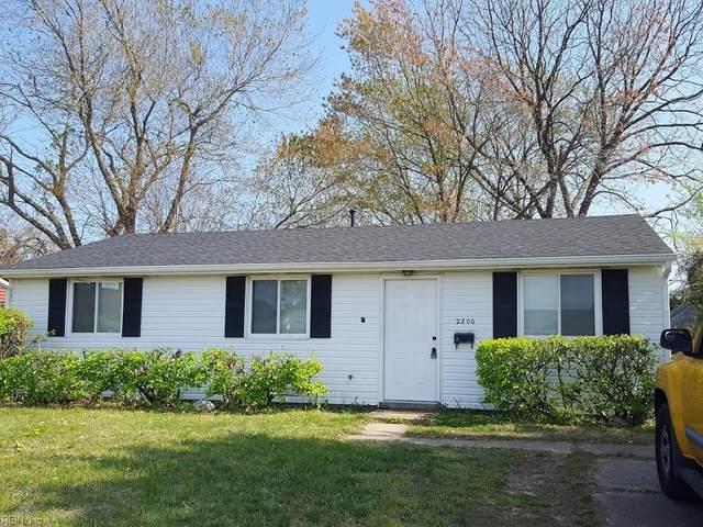 2206 Andrews Blvd, Hampton, VA 23663 (#10370982) :: Abbitt Realty Co.