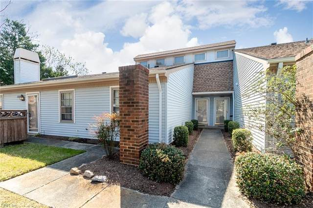 5221 Lake Victoria Arch, Virginia Beach, VA 23464 (#10371060) :: Berkshire Hathaway HomeServices Towne Realty