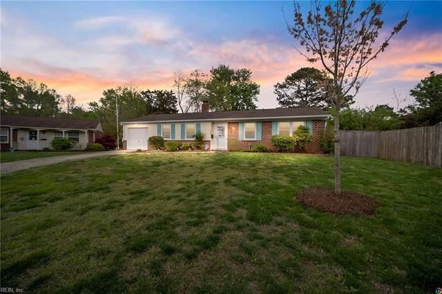 404 Parkwood Ct, Virginia Beach, VA 23452 (#10371718) :: The Kris Weaver Real Estate Team