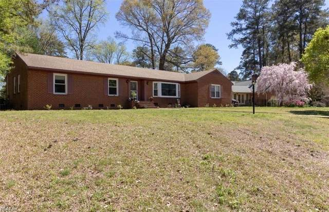 2835 Meadow Wood Dr W, Chesapeake, VA 23321 (#10371792) :: The Kris Weaver Real Estate Team