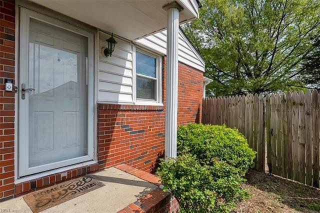 2914 Rotan Ct, Chesapeake, VA 23325 (#10371797) :: Berkshire Hathaway HomeServices Towne Realty