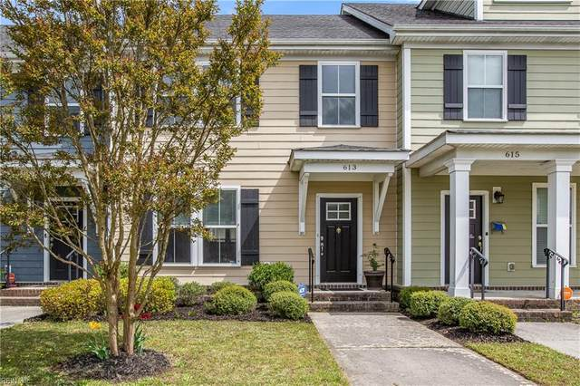613 Mill Creek Pw, Chesapeake, VA 23323 (#10371983) :: The Kris Weaver Real Estate Team