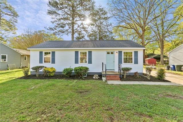 658 Harpersville Rd, Newport News, VA 23601 (#10371996) :: Berkshire Hathaway HomeServices Towne Realty