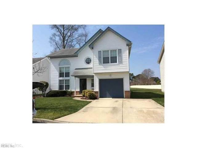 2208 Holly Berry Ln, Chesapeake, VA 23325 (#10372371) :: Kristie Weaver, REALTOR