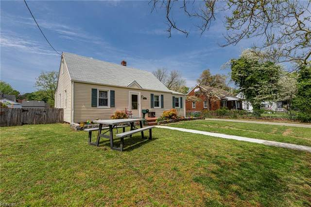8457 Toby Ln, Norfolk, VA 23503 (#10372506) :: Berkshire Hathaway HomeServices Towne Realty