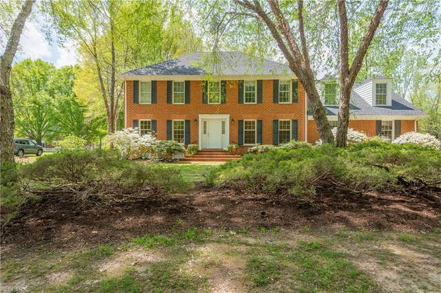 1106 Gatling Pointe Pw, Isle of Wight County, VA 23430 (#10372619) :: Tom Milan Team