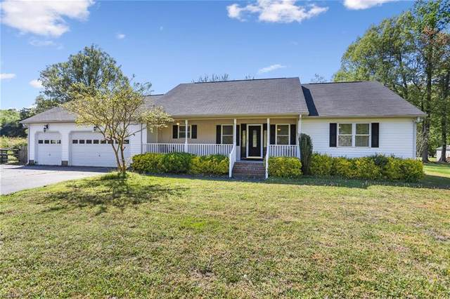 1905 Lakeside Dr, York County, VA 23693 (#10372890) :: Berkshire Hathaway HomeServices Towne Realty
