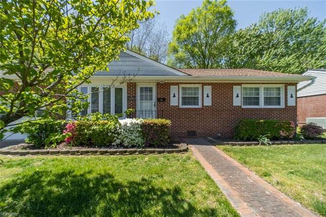 15 Lynnhaven Dr, Hampton, VA 23666 (#10373849) :: Team L'Hoste Real Estate
